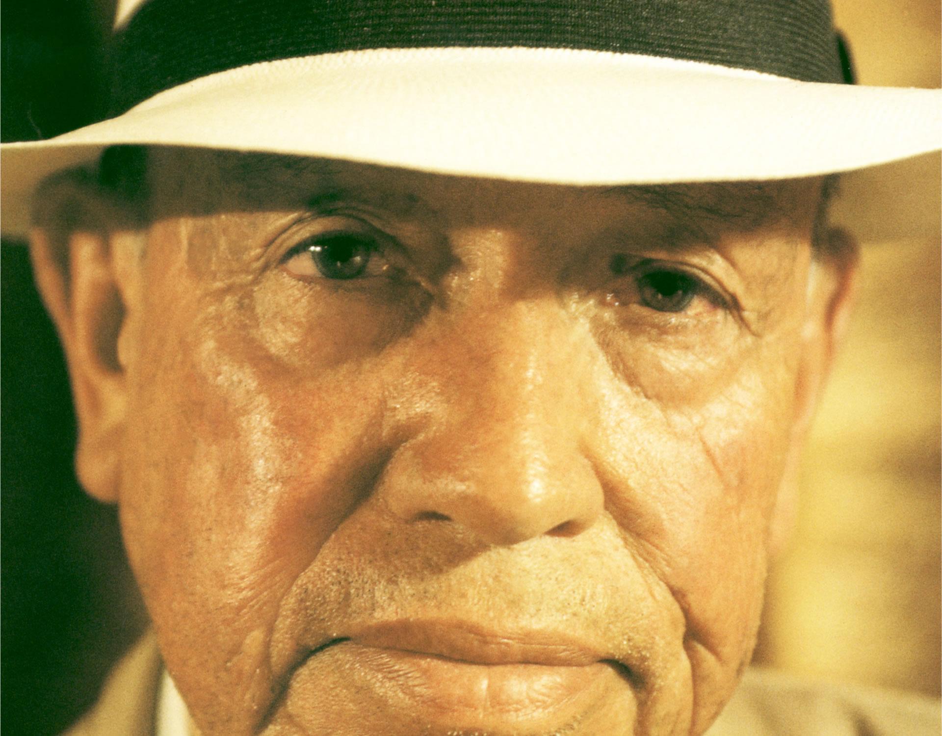 """... Aurelio Ortega García. Juntos se aventuraron por la ruta de """"El Cajas""""  para llegar hasta el puerto de Guayaquil 604b5d2b869"""